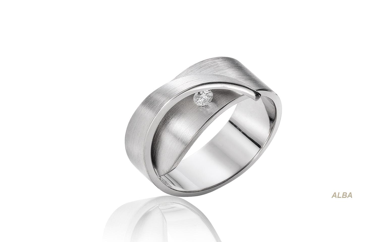 14 karaat witgouden bijzondere diamant ring van 0,07 crt