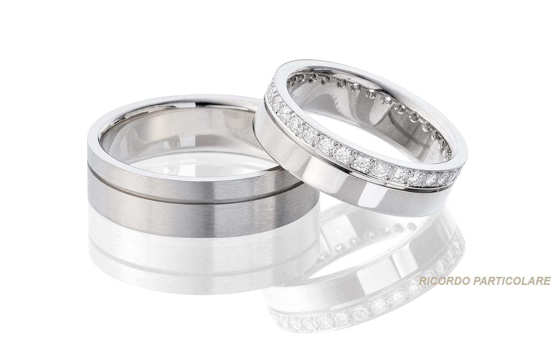 Exclusieve trouwringen in 14 krt witgouden met 32 briljanten geslepen diamanten