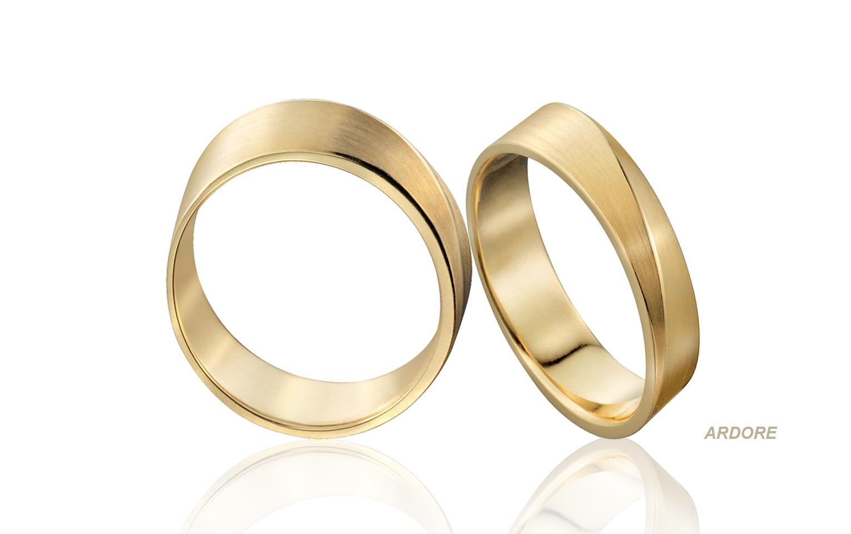 Unieke ringen van 14 krt goud