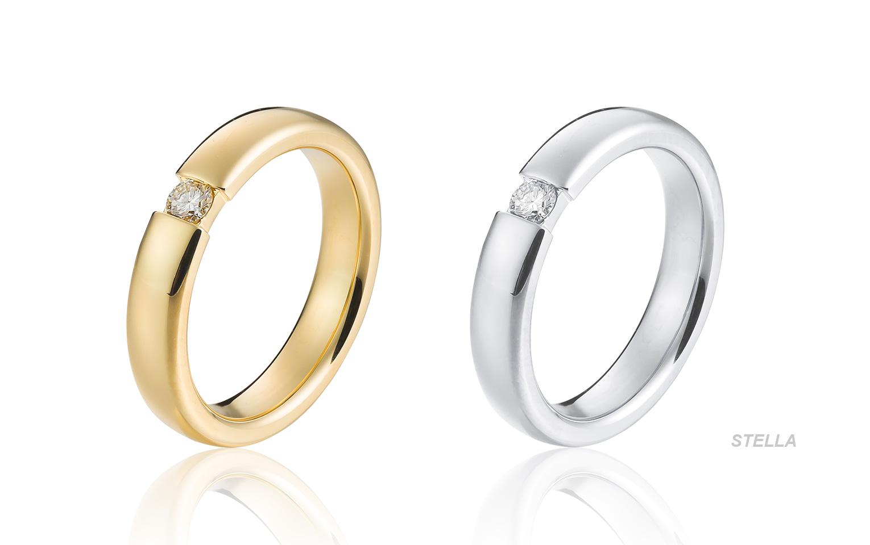gouden aanzoeksring met diamant 0,06 crt span zetting