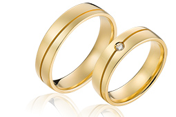 gouden trouwringenvan 14 karaat met diamant van 0,04 crt