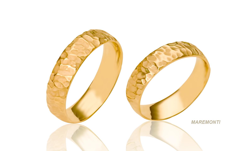 trouwringen geïnspireerd op natuur hand gemaakt van 18 karaat goud
